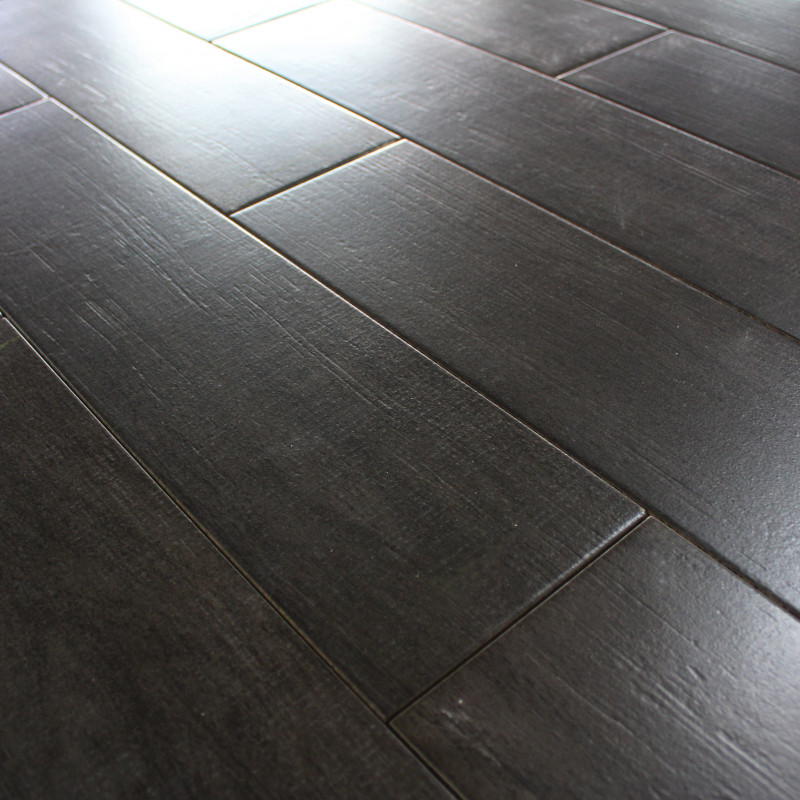 Carrelage sol aspect parquet naturae ebano imitation for Sol en carrelage