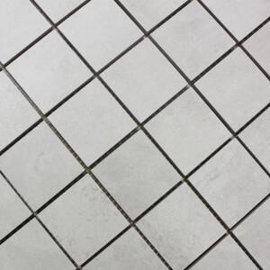 Mosaïque aspect béton mat sol et mur Nice Bianco