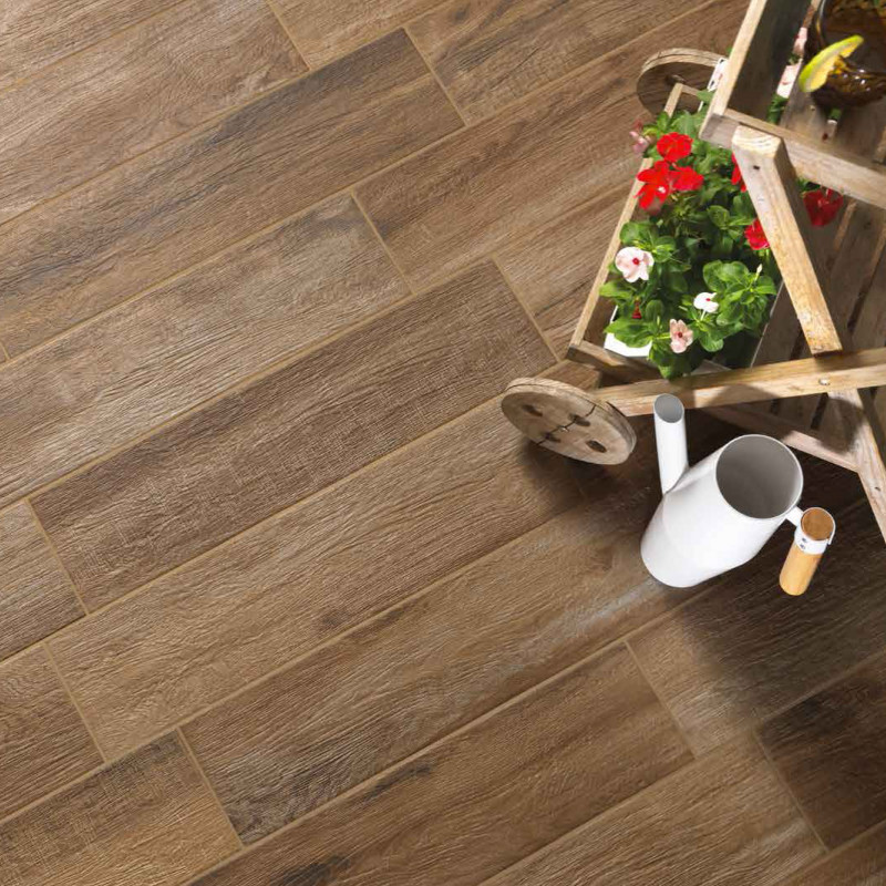 Carrelage sol antidrapant aspect parquet norway noix with for Carrelage pas cher toulouse