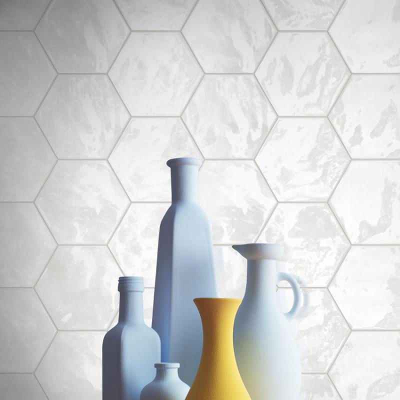 Carrelage hexagonal blanc glossy carrelage mural hexagone for Carrelage hexagonal blanc