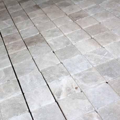 Opus de marbre crystal 5x5 cm marbre veritable for Carrelage 5x5
