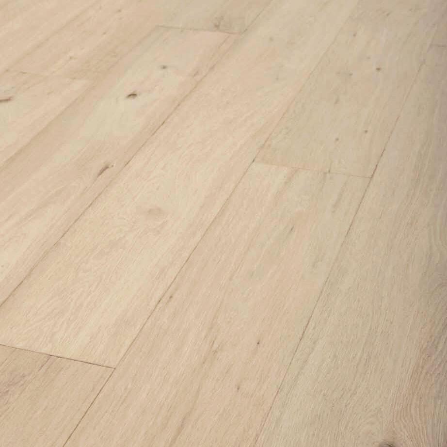 Parquet contrecollé chêne naturel Muscat huilé aspect bois brut brossé 14x190 mm